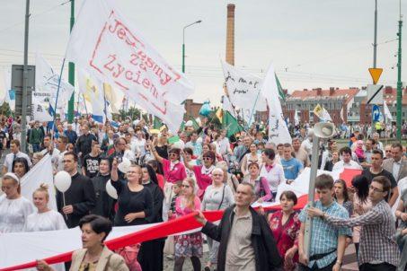 Marsz dla Życia Poznań 2016 - fot. Ł. Antczak - 10